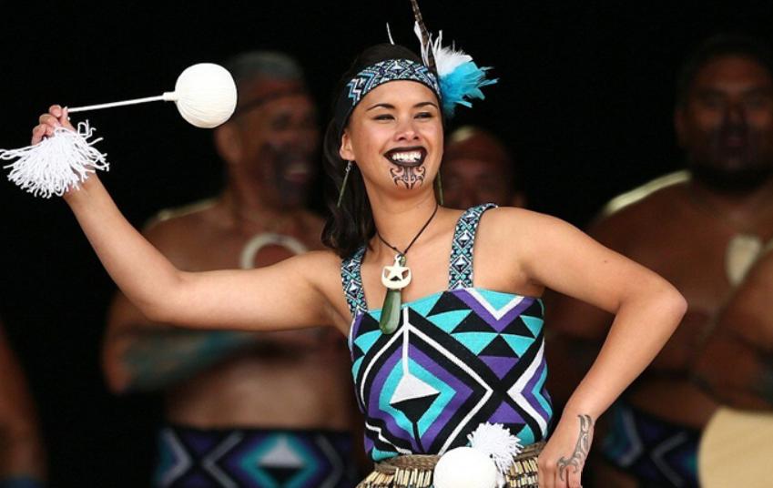 «Бородатые» женщины маори: сакральность внешнего вида